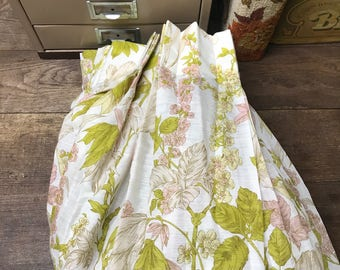 Vintage Curtain Pink Floral Green Fabric 1 panel