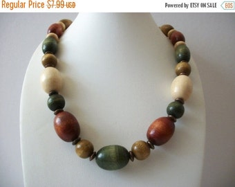 ON SALE Vintage 1950s BOHO Chunky Colorful All Natural Wood Graduated Design Necklace 103016