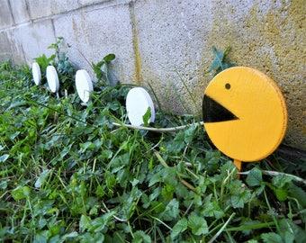 Pacman garden ornaments outdoor wooden