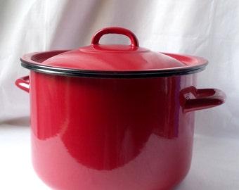 Red enameled pot vintage / old pot 1960 enameled sheet metal / retro kitchen / gift range / Pan / cooker / casserole