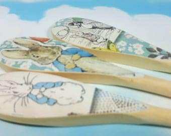 Peter Rabbit Spoons, Peter Rabbit, Decoupaged Spoons, Peter Rabbit Decor, Set of 3, Decorative Spoons, Beatrix Potter