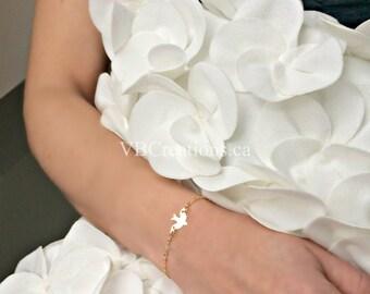 Dove Bracelet - Bird Bracelet - Bird Jewelry - Dove Jewelry - Bridesmaid Gift - Minimalist Jewelry - Mother's Day - Sister Gift - Friendship