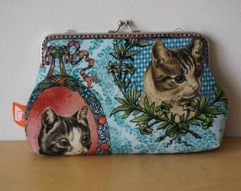Handmade cat print clasp purse