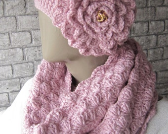 Pink Crochet Hat And Infinity Scarves, hat Infinity womens scarf set, Chunky Infinity scarf, Winter Fashion, Gift ideas, Women accessories