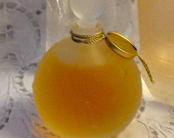 Worth, Je Reviens, 30 ml. or 1 oz. Flacon, Pure Parfum Extrait, 1932, 1960, Paris, France ..