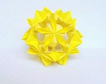 Yellow Flower Kusudama, Yellow Kusudama, Paper Flower, Origami Flower, Japanese Ornament, Origami Decor, Japanese Gift, Origami Gift