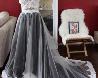 Black and white lace wedding skirt / black overskirt / black wedding skirt / black modern bride / black tulle skirt / black skirt