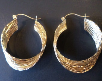 14K Yellow Gold Stamped, D Signed, Unique Design Hoop Earrings.