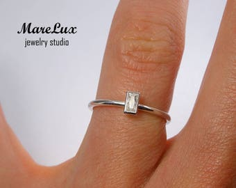 Baguette Cut Diamond Silver Ring, White Shiny Cubic Zirconia Ring, Stackable Sterling April Birthstone CZ Ring, 925 Silver Tiny Diamond Ring