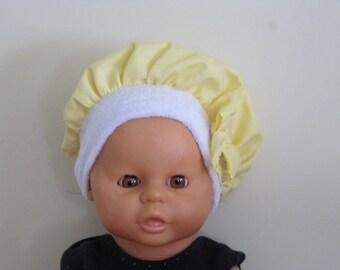 Baby cap in yellow