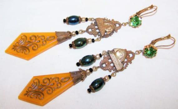 Beautiful Czech vintage 1940s Art Deco Sphinx orange  glass dropper  earrings
