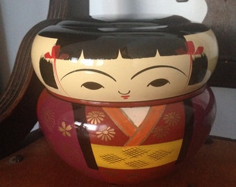 Kokeshi stackable doll container