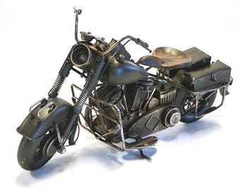 LARGE 1937 Harley Davidson Knucklehead looking Motorcycle Gas & Oil petroliana, metal model, man cave, car bike collection, garage Indian