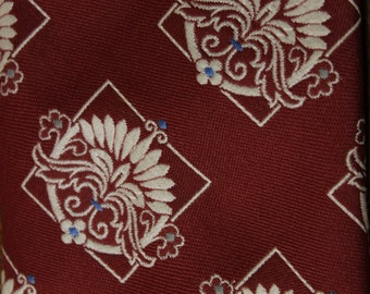 Maroon Vintage Necktie with optional indian head cuff links