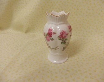 Vintage Aynsley Elizabeth Rose Vase