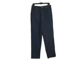 Levi's Dark Blue Wash Jean Size 18W/32 FREE SHIPPING!