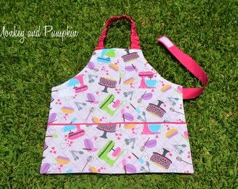 Girls apron, kids apron, Self-sufficiency apron, Montessori apron, childrens apron, preschool apron, 2 to 3 years, kitchen mixer, pink