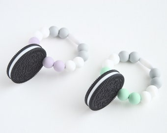 Baby Teething Toy - Silicone Baby Teether - Baby Gift, Teething Toy- Silicone Cookie Teether, Oreo Cookie with Chew Beads