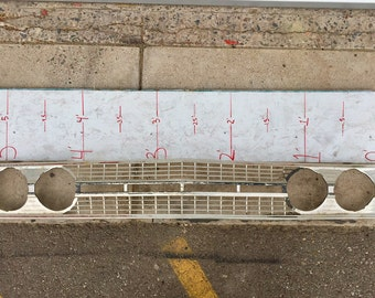 Car Grill red outline