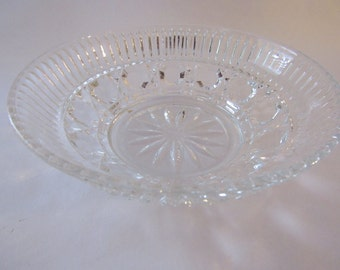 Windsor mayonnaise bowl by Federal glass