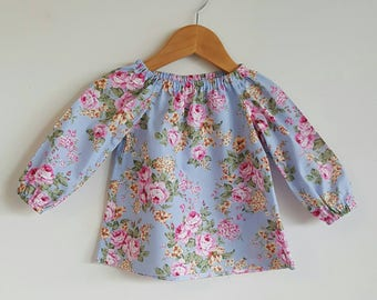 Girl blouse // top // vintage // floral // long sleeved // gift // occasion