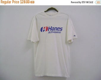 30% SALE Vintage HANES Activewear T-shirt Sz Large Big Logo Spell Out Fashion/Casual/Mens/ Vetements/ Champion