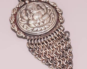 RP150 Beautiful Hand Embossed Lord Ganesha 925 Sterling Silver Jewelry Pendant