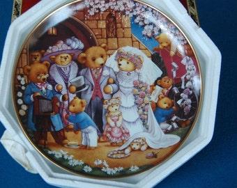 Teddy Bear Wedding Carol Lawson Franklin Mint Collector Plate Q1529