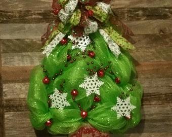 Deco mesh Christmas tree wreath! Christmas wreath, winter wreath, holiday wreath, Christmas tree, winter wreath, front door wreath!