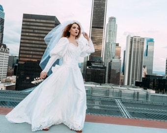 White women's fabulous long dress, incredible wedding dress, made from tender wedding brocade, handmade, vintage style, size-medium.