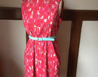 Vintage pink patterned dress