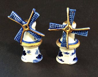 Dutch Windmill Salt and Pepper Shakers, Vintage Blue and White Ceramic