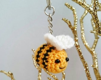 Crochet Bumble Bee Keyring / Bag Charm / Key Chain /Kawaii Handmade - Cute gift idea