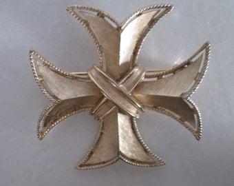 Trifari Pin Brooch Maltese Cross Goldtone Vintage