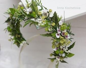 Green floral crown Spring woodland hair wreath Flower crown Floral crown Woodland wedding Flower accessories Wedding halo Bridal headband