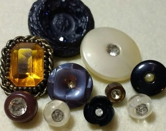 10 Vintage Bling Buttons