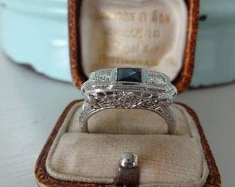 Antique Art Deco Vintage Diamond & Sapphire Engagement Ring 18K White Gold