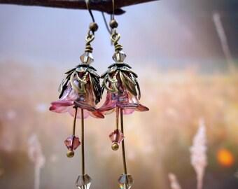 Pink Flower Earrings - Blush Pink Earrings - Pink Grey Wedding Gift - Dangle Drop Earrings - Feminine Earrings - Vintage Style Gift For Her.