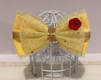 Beauty and the Beast Belle inspired cosplay Disneybounding hair bow