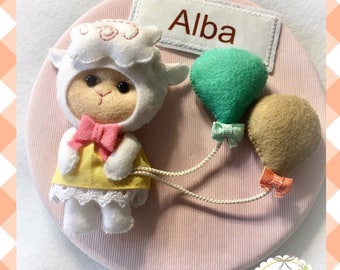 Custom Felt box. Custom box. Newborn picture with name. Picture felt name. Baby decoration. Baby Gift.