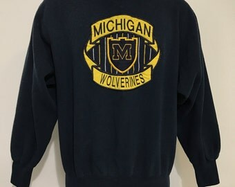 Vintage University of Michigan Sweatshirt M/L