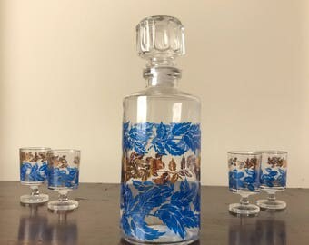 Vintage french decanter and four matching glasses -1970s