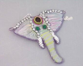 Shibori ribbon elephant necklace