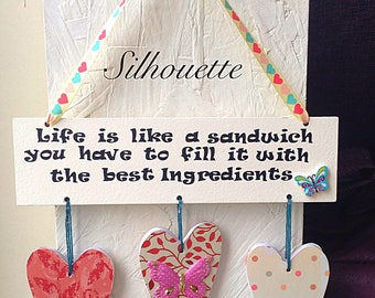 Quote wall hanging plaque with hearts