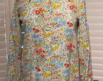 Vintage 1970s Polyester Multi-Color Floral Print Long-Sleeved Blouse Size 14