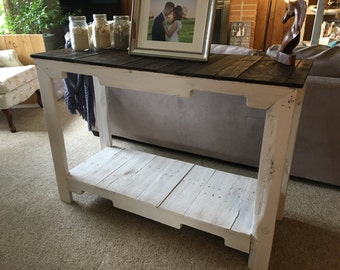 Wooden Hallway Table (Shipping Included)