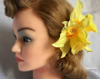 Yellow hair flower clip - double daffodil and buttercup hair flower - spring flower - vintage pin ip 40s 50s style