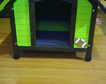 Custom dog house. Let your pet in on the style