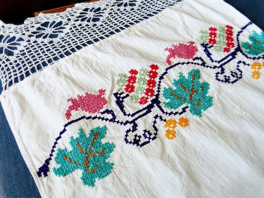 Vintage ukrainian embroidery rushnik embroidered towel