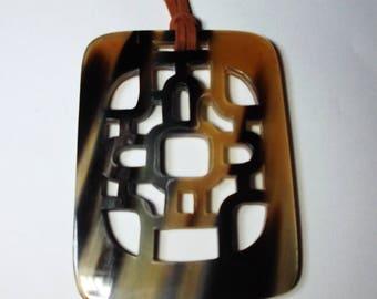 Horn pendant - Horn pendant necklace - KAI-5677